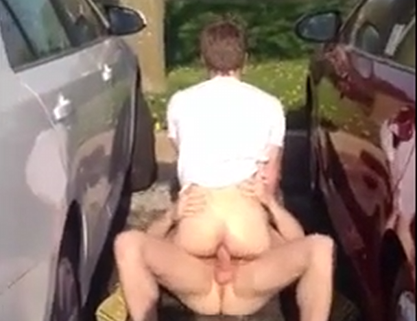Fucking bareback in the parking lot