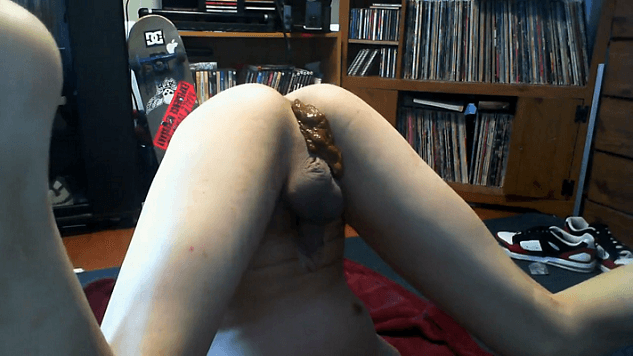 Teen Boy shitting all over his face and wanking on webcam [EXPLICIT]