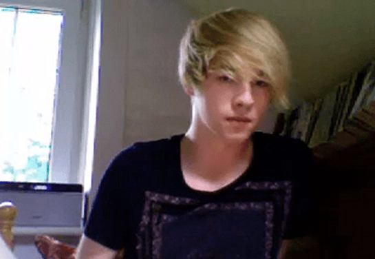 SaintSebastian from Chaturbate jerking off on cam – Blond twink