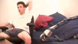 Straight guy has a wank in his bedroom and cums