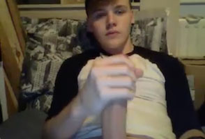 Twink cam boy milking big dick online